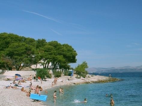 Apartments by the sea island brac sutivan pearls of adriatic