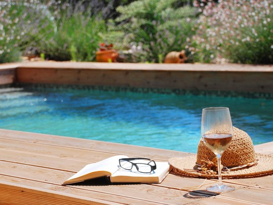 You, a glass of wine and a book... = holiday!