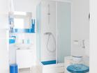 Modern bathroom belonging to the blue bedroom
